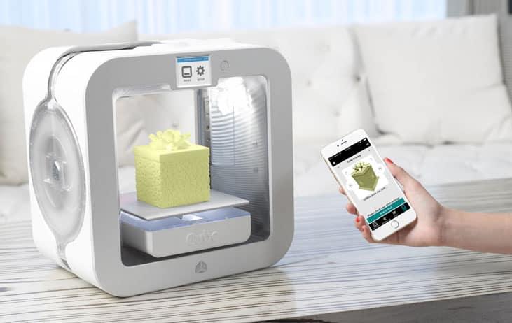Cube 3 compact desktop 3D printer