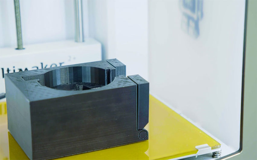 3D nyomtatott gyártósori segédalkatrész